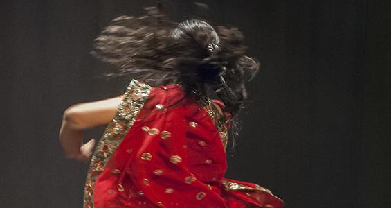 Indisk dans grundkurs