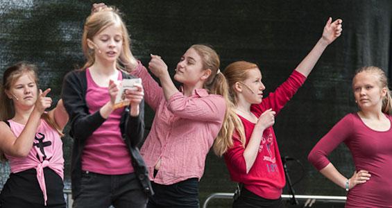 "Bild, dans och drama ""Uttryck"" - kortkurs"